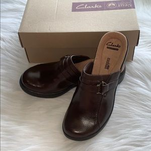 Clark's Collection Soft Cushion Clogs